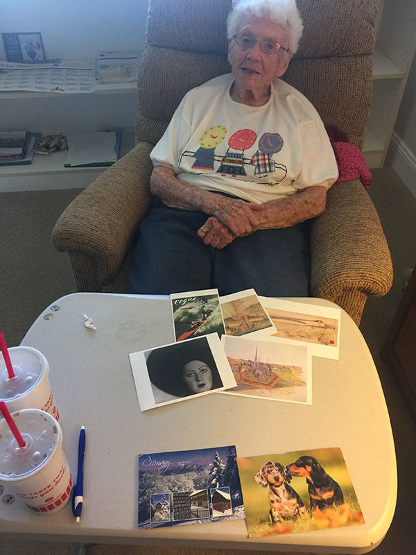 Helen (aka Honney17)  and her postcards