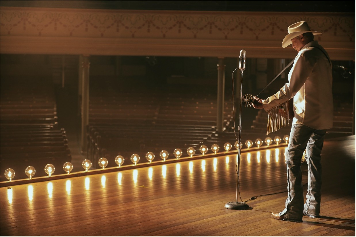 """ALAN JACKSON RELEASES POWERFUL MUSIC VIDEO FOR """"WHERE HAVE YOU GONE"""""""