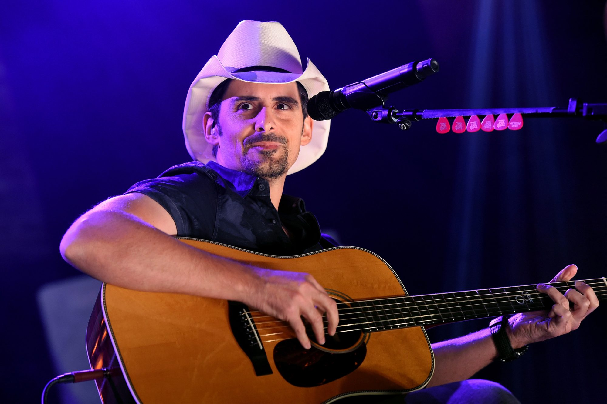 Brad Paisley Looks Back on His Year of Lifting Spirits That Started with His Own Emotional Breakdown