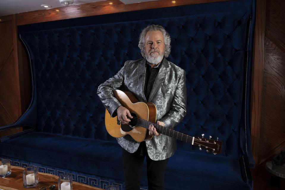 Robert Earl Keen Refinanced His Home To Keep His Band Paid And Insured During Covid-19