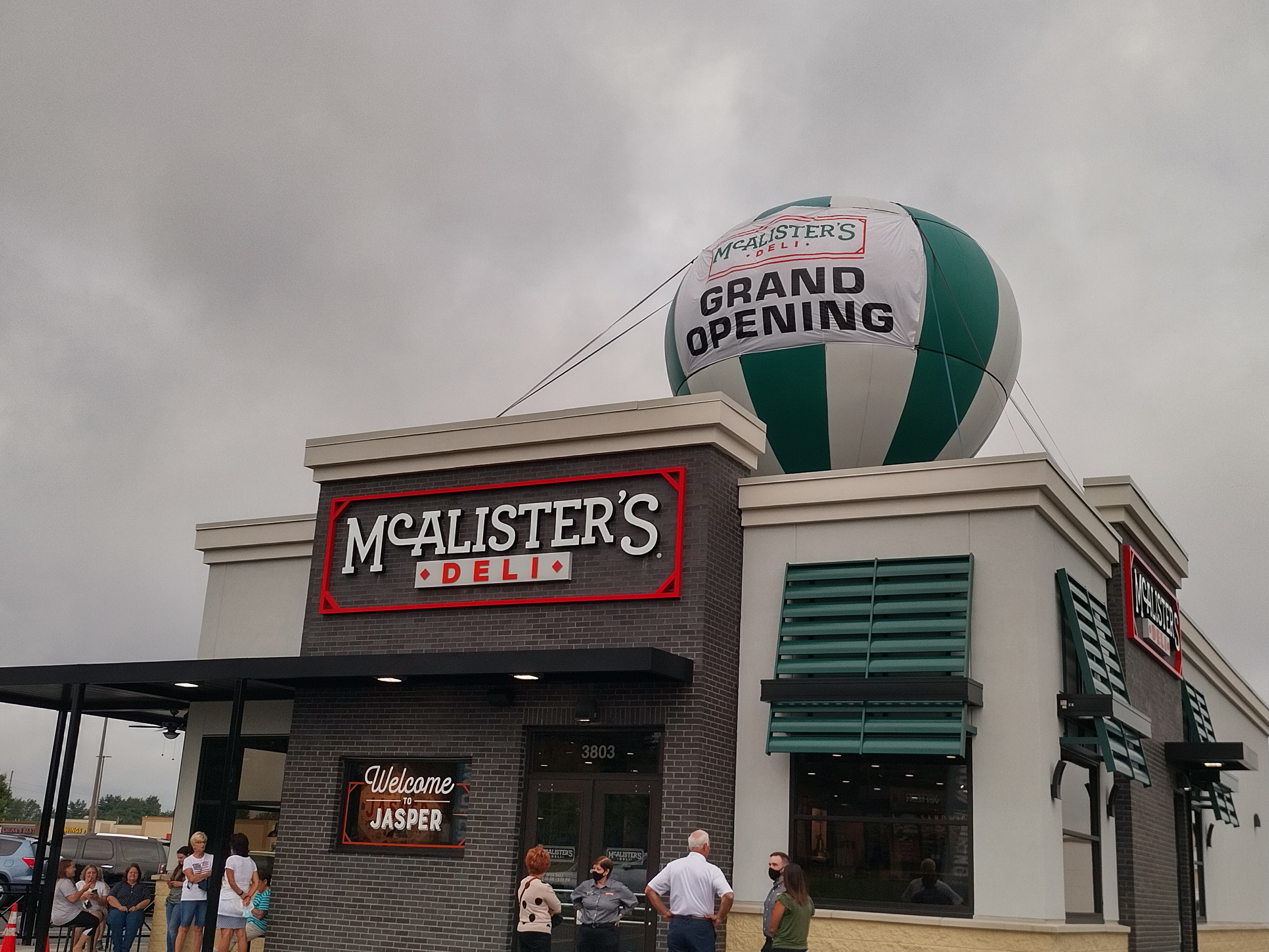 McAlister's Deli Opens Jasper Location to Large Crowds