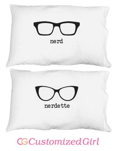 Nerdette Couple Glasses