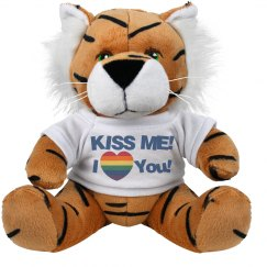 Kiss Me Pride Love