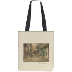 Daily scene in Centro Habana (tote bag)