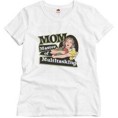 Mom master of multitaskin