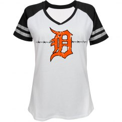 Women's Barbed Wire D Distressed