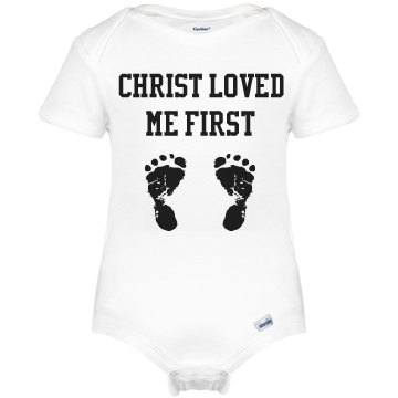 Christ loved  me