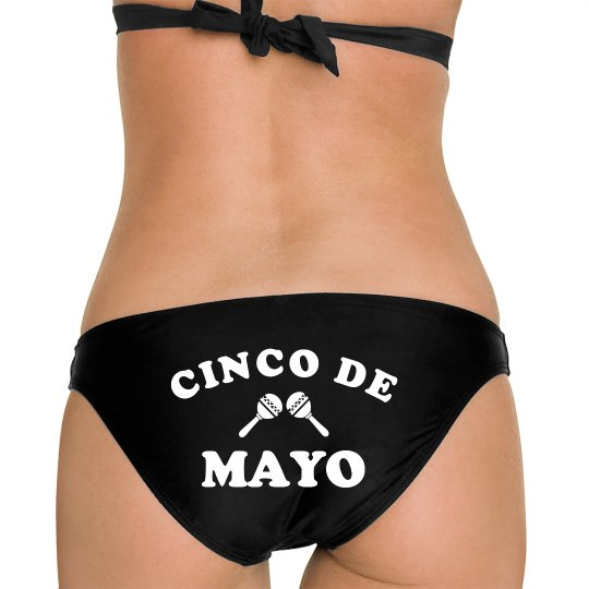Cute Cinco De Mayo And Maracas