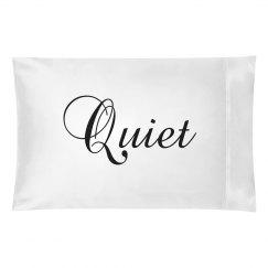 Quiet pillowcase