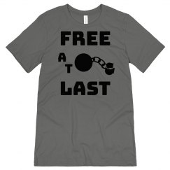 FREE AT LAST BLACK TEXT DIVORCE MENS JERSEY  T-SHIRT