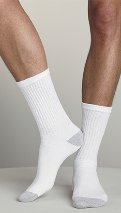 c8a710f0b185 Unisex Hanes Crew Socks