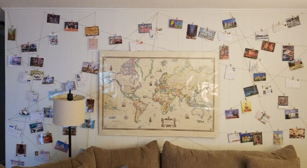 TheBeaverFamily's wall of postcards