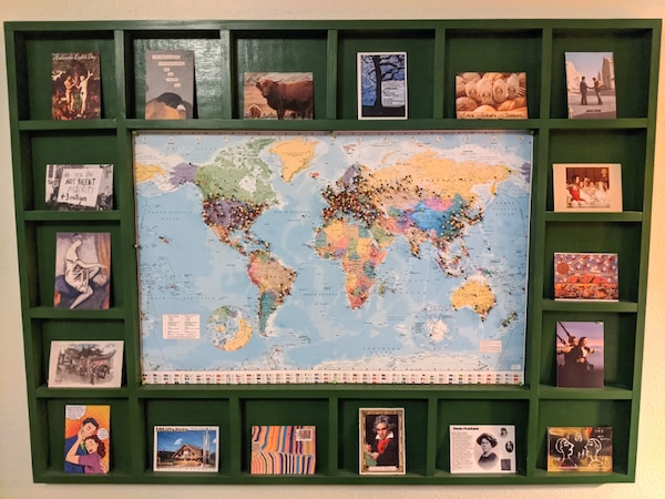artemisgreeneye's wall of postcards