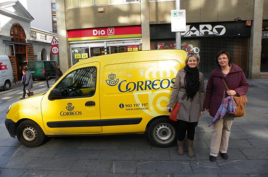 Zuzana & Dolores with the Postman's van