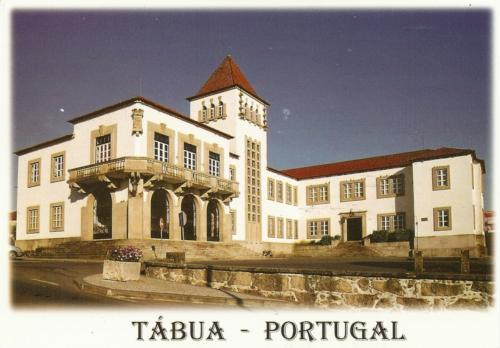 Elsa sent me this card  featuring Tábua, a municipality of the Coimbra District, in Portugal, which contains the town of Tábua.
