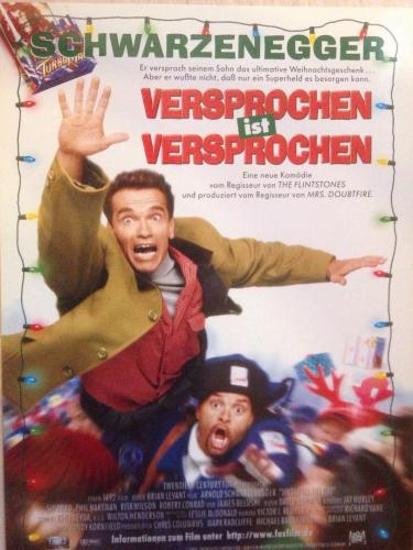 "German film poster of the Christmas family comedy ""Jingle All the Way"" (1996) starring Arnold Schwarzenegger and Sinbad."