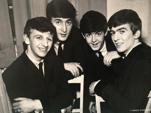 The Beatles in 1962 by Harry Hammond (1920-2009), the first great photographer of British rock'n'roll. Thank you, John, I love it! \(^o^)/